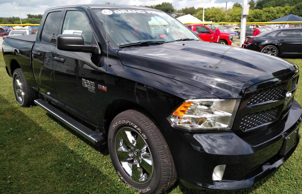 NHO Truck 2020 Dodge Ram Black